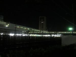 夜の郡山駅東西連絡通路